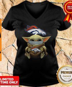 Official Baby Yoda Face Mask Denver Broncos Tee V-neck