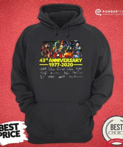 Star Wars 43rd Anniversary 1977 2020 Characters Signatures Hoodie - Desisn By Reallovetees.com