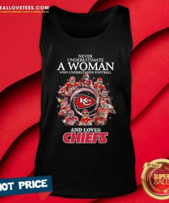 Never Underestimate A Woman Who Understands Football And Loves Kansas City Chiefs Signatures 2021 Tank Top