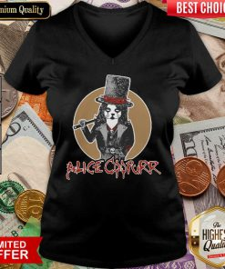 Alice Coopurr V-neck
